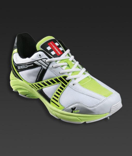 gn-shoe-velocity-senior-spike.jpg