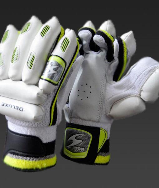 ton-deluxe-batting-gloves.jpg